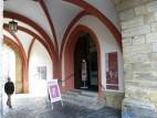 Eingang zum Museum im Torbogen